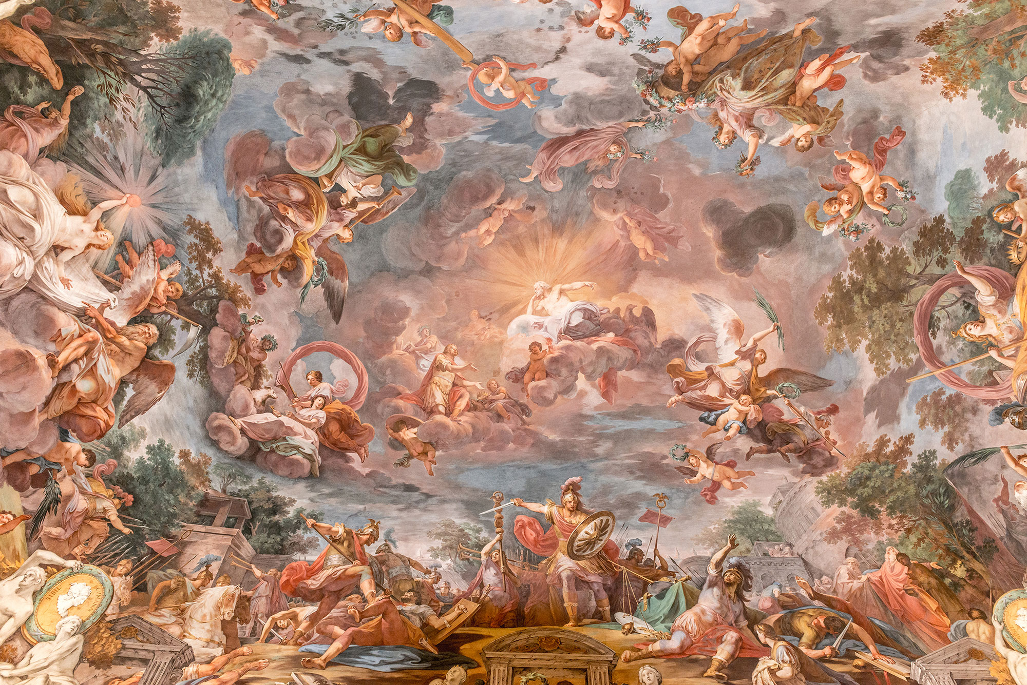 Illusionistic ceiling paintings were done in this a new - Barock sofa weiay ...