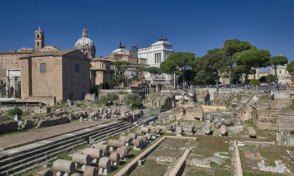 Basilica Julia