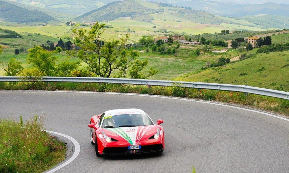 Mit Ferrari zum Weingut