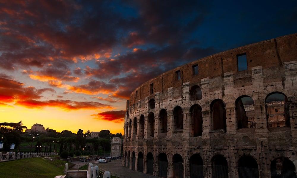 Rome at dusk - Colosseum