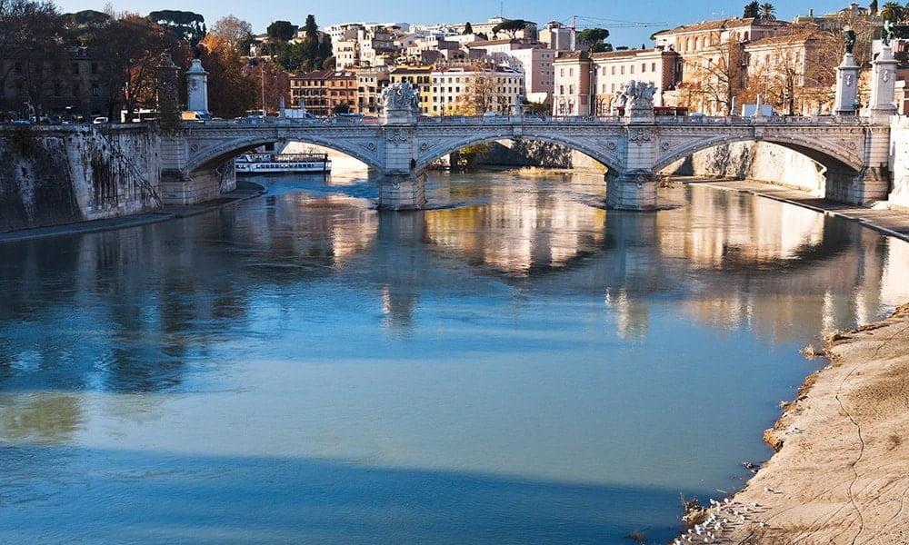 Rom vom Tiber aus - Tiber